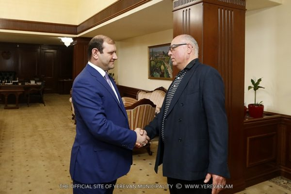 Mayor Taron Margaryan meets with President of GALLUP International association Kancho Stoychev